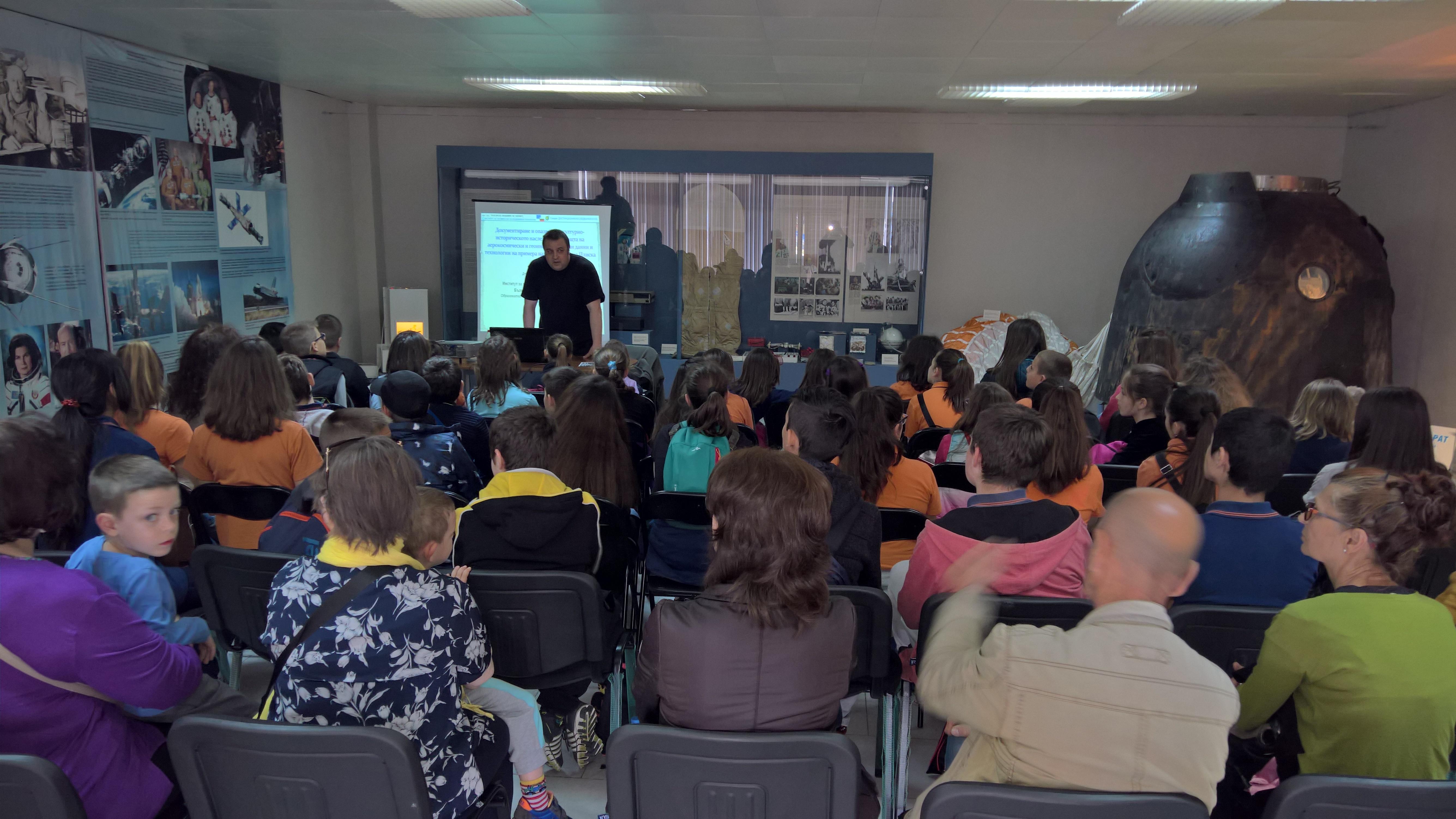 Участие в Деня на отворените врати в Музея на авиацията